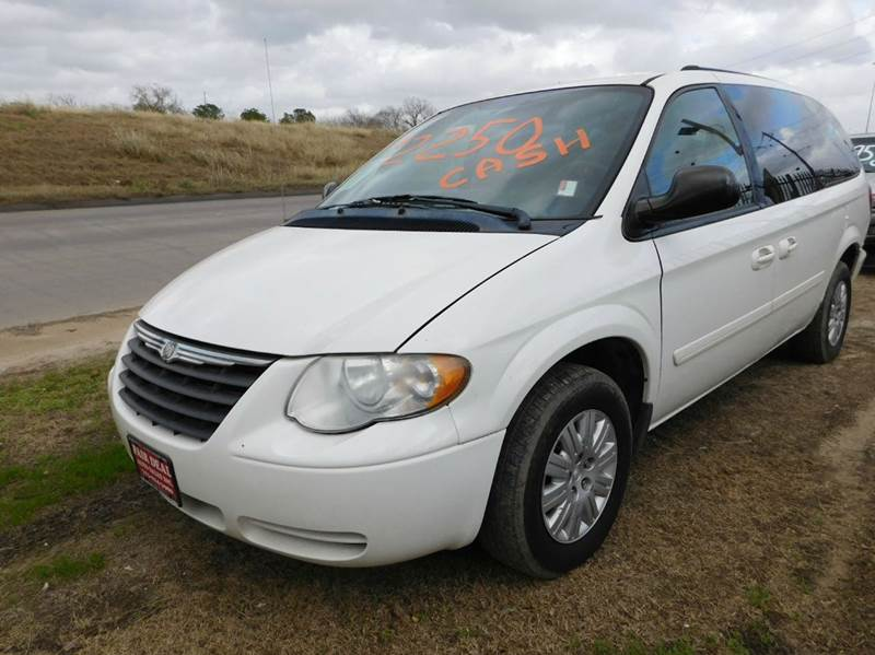 2005 Chrysler Town and Country LX 4dr Extended Mini-Van - Houston TX