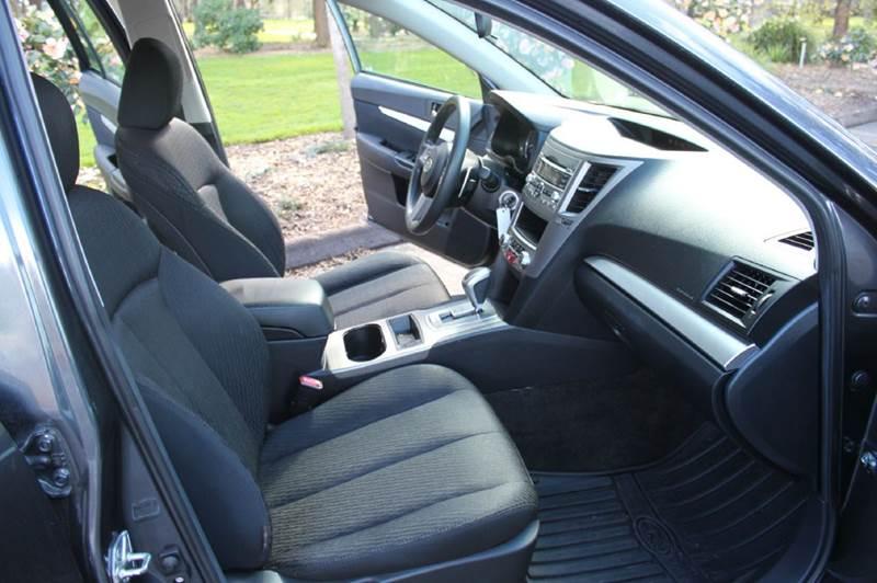 2011 Subaru Outback AWD 2.5i 4dr Wagon CVT - Hillsboro OR