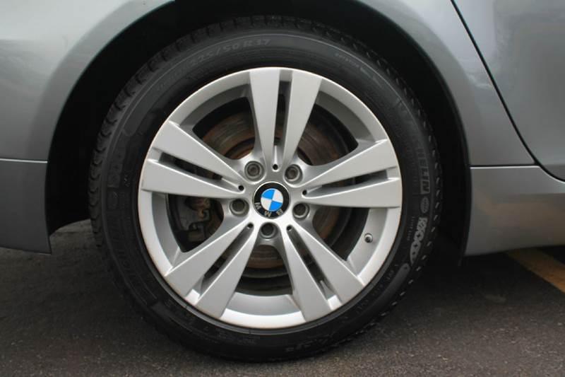 2009 BMW 5 Series 528i xDrive AWD 4dr Sedan - Kenosha WI