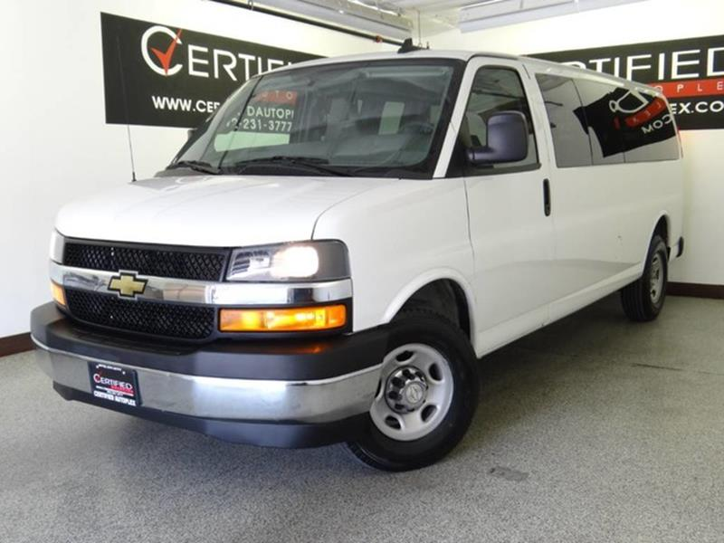 Superb 2017 Chevrolet Express Passenger LT 3500 3dr Extended Passenger Van   Carrollton  TX