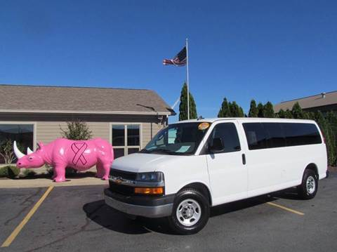2016 Chevrolet Express Passenger for sale in Celina, OH