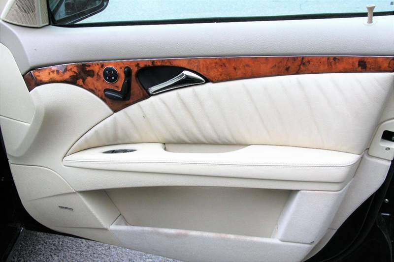 2004 Mercedes-Benz E-Class E 320 4MATIC AWD 4dr Wagon - Pompton Lakes NJ