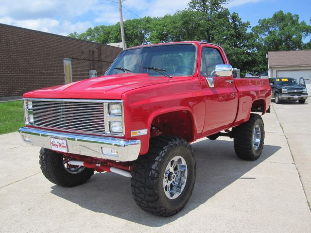 How To Replace A Power Steering Pump also Chevrolet k10 furthermore 2 Front Leveling Kit 2014 GM 1500 Truck SUV Silverado Sierra Suburban Tahoe Yukon Escalade 4x2 4x4 further 357096 67 250s Ignition Issues together with 1337930. on 1972 gmc 1500 4x4