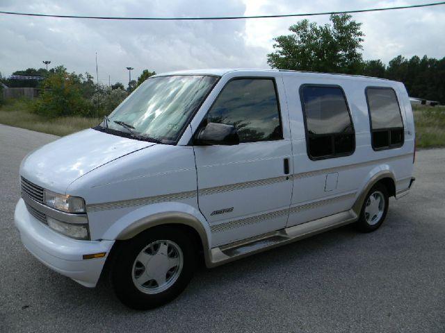 Chevrolet Dealers In Columbia Sc >> 1999 Chevrolet Astro