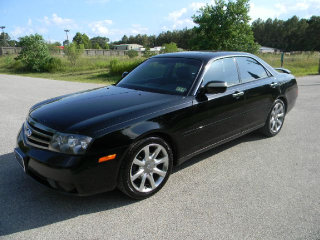 2003 infiniti m45 related infomation specifications. Black Bedroom Furniture Sets. Home Design Ideas