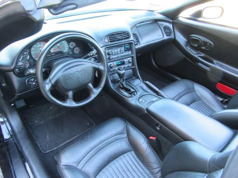 2003 Chevrolet Corvette 2dr Coupe - St. Charles MO