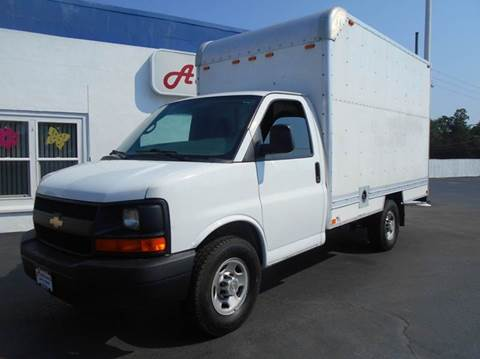 2013 Chevrolet Express Cutaway for sale in Coventry, RI