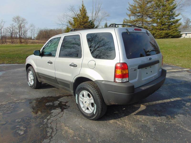 2003 Ford Escape XLT Popular 2 4WD 4dr SUV - Union Grove WI