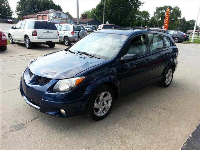 2004 Pontiac Vibe for sale in Clare MI