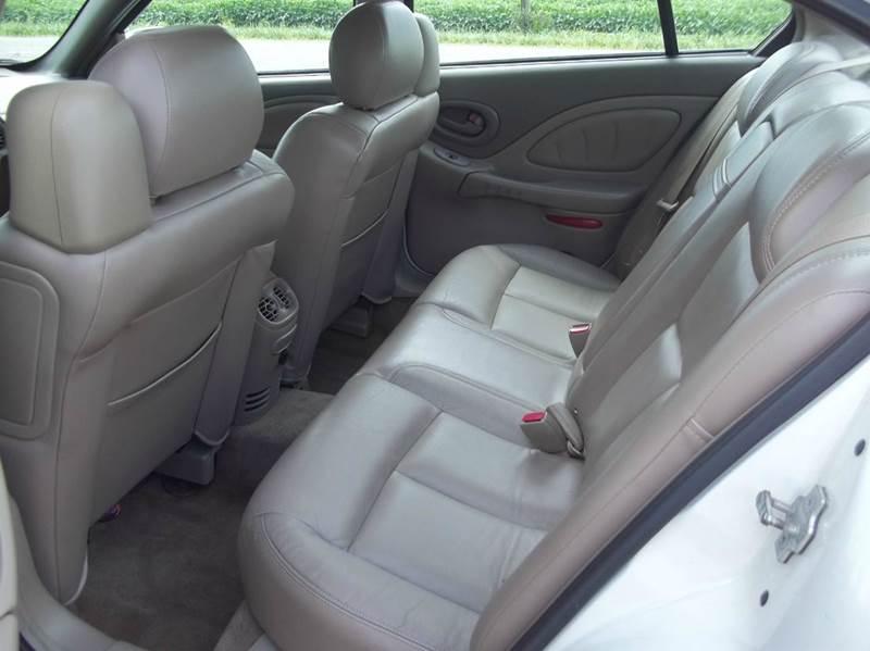 2004 Pontiac Bonneville SLE 4dr Sedan - Grelton OH