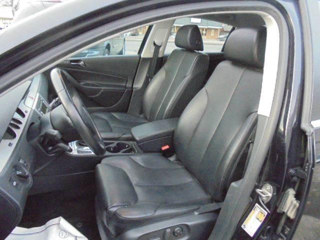 2008 Volkswagen Passat Komfort 4dr Sedan 6A - Olathe KS