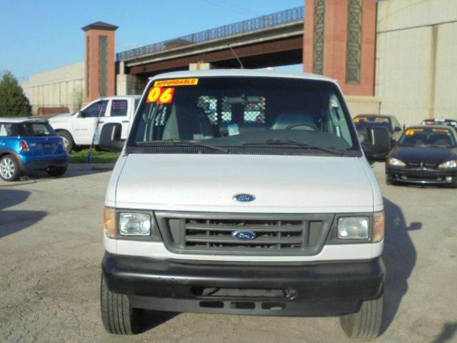 2006 Ford E-Series Cargo E-250 3dr Van - Olathe KS