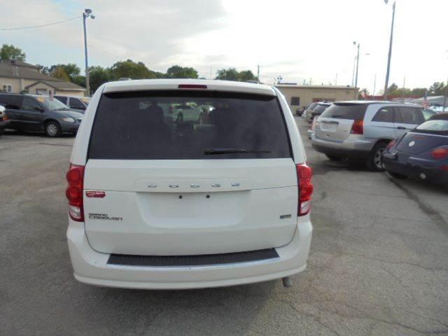 2012 Dodge Grand Caravan SXT 4dr Mini-Van - Olathe KS