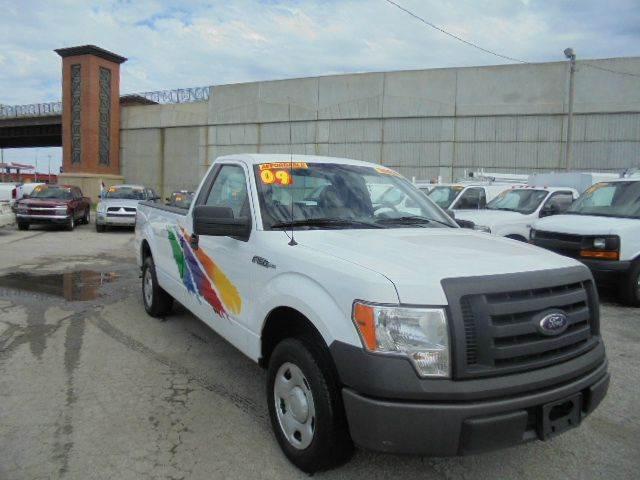 2009 Ford F-150 XL 4x2 2dr Regular Cab Styleside 8 ft. LB - Olathe KS