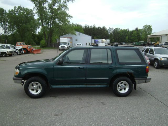 1995 Ford Explorer Xlt 4dr 4wd Suv In Inver Grove Heights
