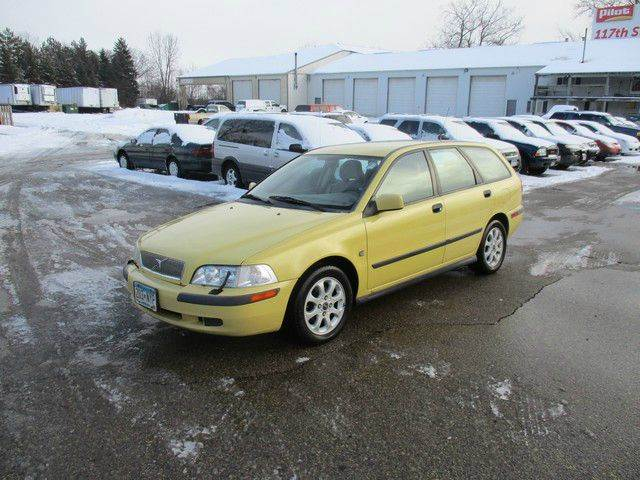 2001 Volvo V40 Base 4dr Turbo Wagon In Inver Grove Heights