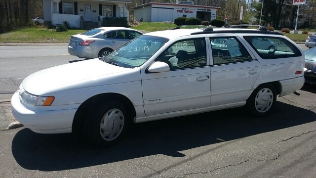 1995 Ford Taurus GL 4dr Wagon - Vernon Rockville CT