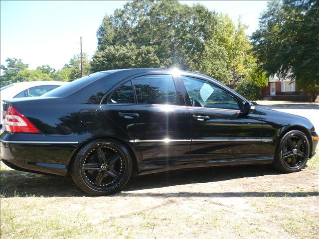 Object moved for 2006 mercedes benz c class sport