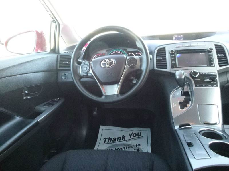 2013 toyota venza awd le v6 4dr crossover in duluth mn Anderson motors llc