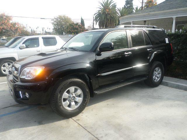 2007 TOYOTA 4RUNNER SR5 4DR SUV black super clean suv leather interior runs great slvg  call