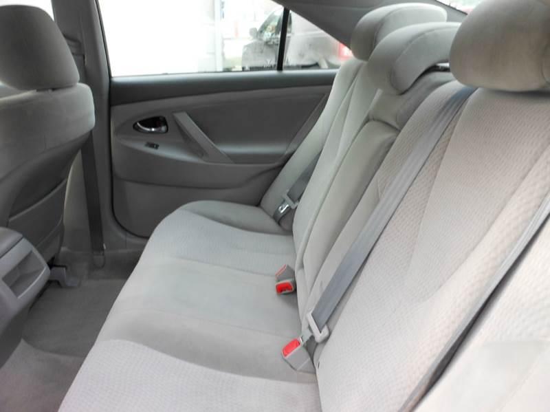 2010 Toyota Camry LE 4dr Sedan 6A - Highland Park NJ
