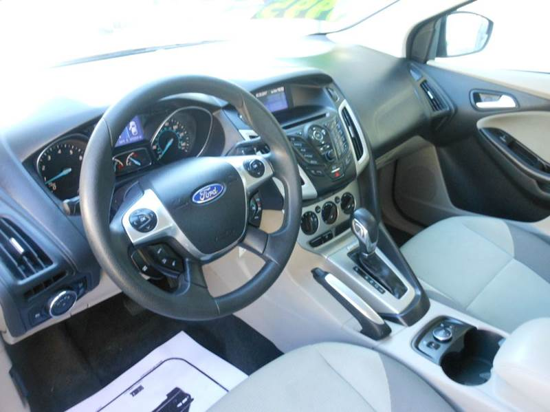 2013 Ford Focus SE 4dr Sedan - Highland Park NJ