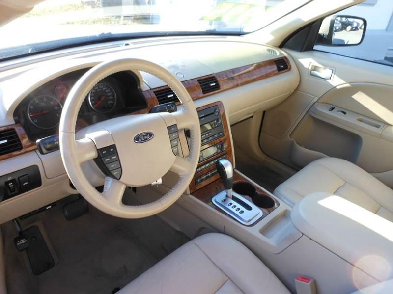 2005 Ford Five Hundred AWD SEL 4dr Sedan - Highland Park NJ