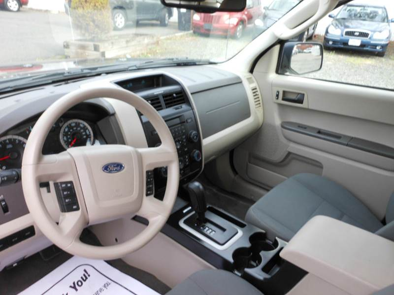 2012 Ford Escape XLS 4dr SUV - Highland Park NJ