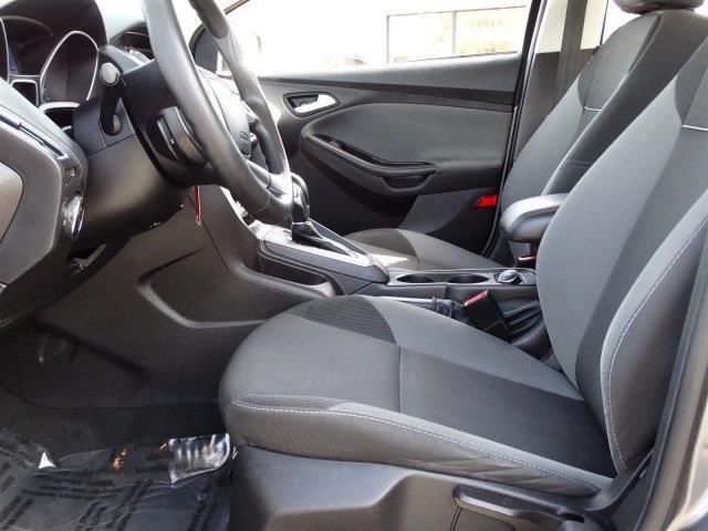 2014 Ford Focus SE 4dr Hatchback - Palatine IL
