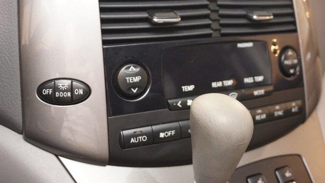 2006 Toyota Sienna  - Palatine IL