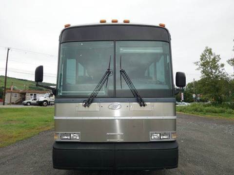 2005 Motor Coach Industries D4000 for sale in Binghamton, NY