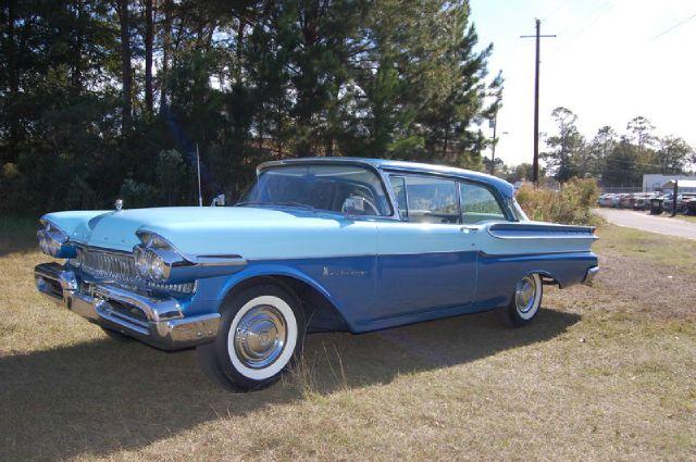 1957 Mercury Monterey 2 Dr. Hardtop