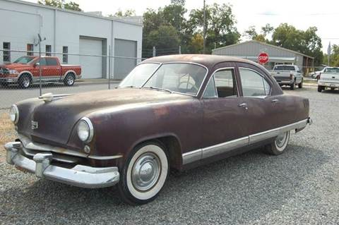 1951 Kaiser Deluxe 4-Door Sedan