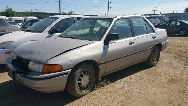 1992 ford escort lx e 4dr sedan in sioux falls sd second for Wheel city motors sioux falls sd