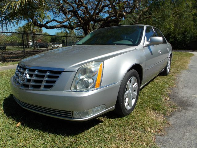 2007 CADILLAC DTS silver only 2 previous owners 100 clean carfax leather dual control ac blue