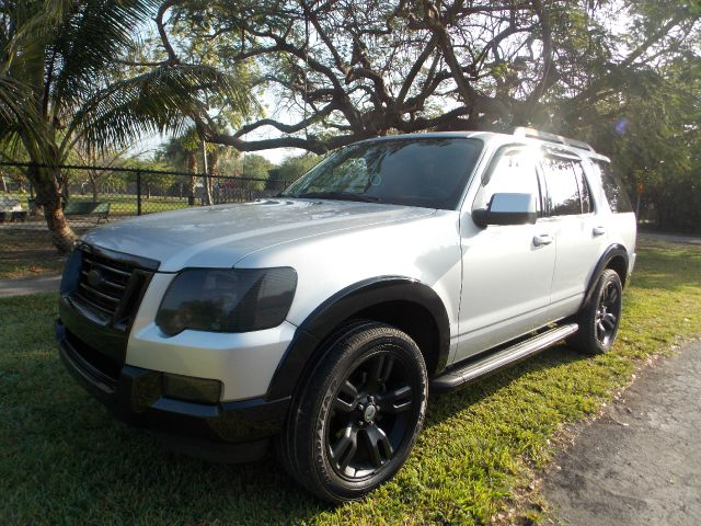 2010 FORD EXPLORER XLT 40L 2WD silver 100 clean carfax third row seating sunroof luggage rack