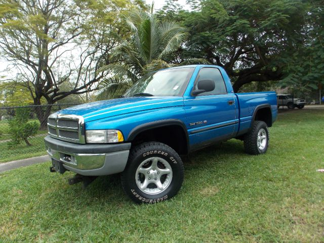 2001 DODGE RAM 1500 REG CAB blue hot cruise control rides smooth as low as 2000 down with fi