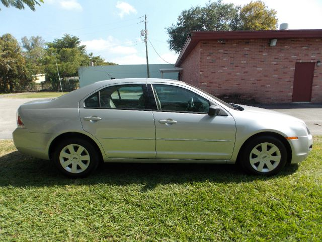 2009 FORD FUSION I4 S silver 100 clean carfax leather aux cruise control amazing mpg  excell