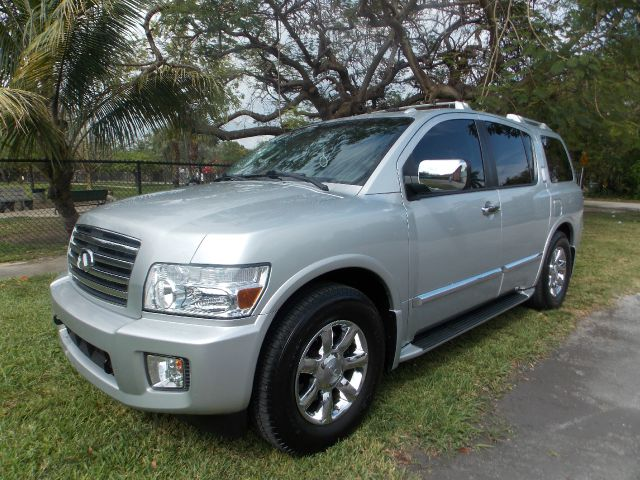 2006 INFINITI QX56 RWD silver only 2 previous owners 100 clean carfax navigation built in reve