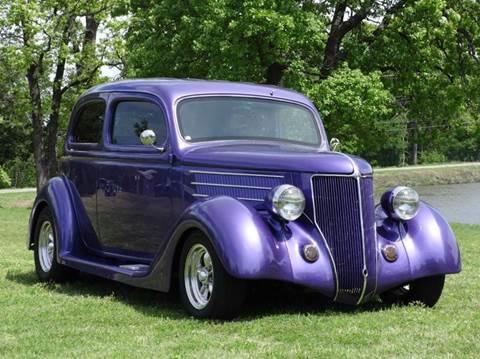 1936 Ford Humpback Stree Rod Classic