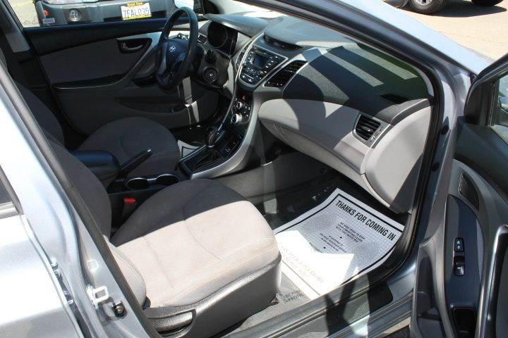 2016 Hyundai Elantra SE 4dr Sedan 6A (US) - Sacramento CA