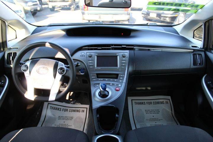 2015 Toyota Prius Four 4dr Hatchback - Sacramento CA