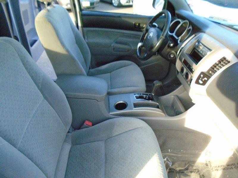2006 Toyota Tacoma PreRunner V6 4dr Access Cab SB (4L V6 5A) - Sacramento CA