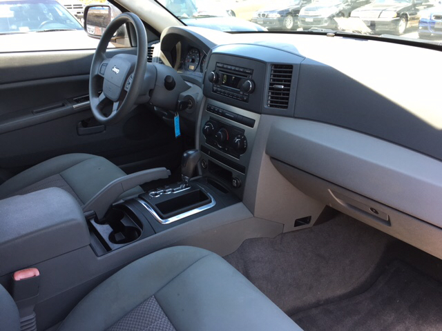 2006 Jeep Grand Cherokee Laredo 4dr SUV 4WD - Richmond VA