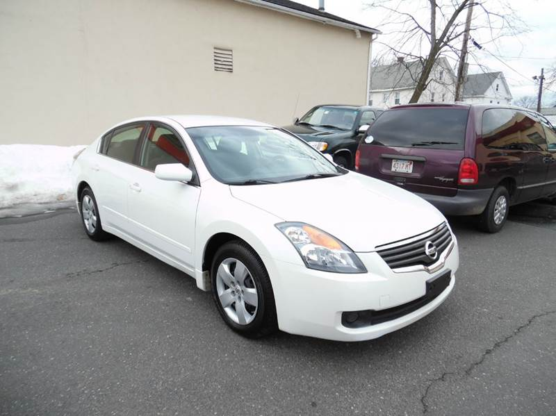 2008 nissan altima 2 5 s 4dr sedan cvt in springfield ma nice cars llc. Black Bedroom Furniture Sets. Home Design Ideas