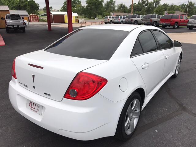 2010 Pontiac G6 4dr Sedan w/1SE - Yukon OK