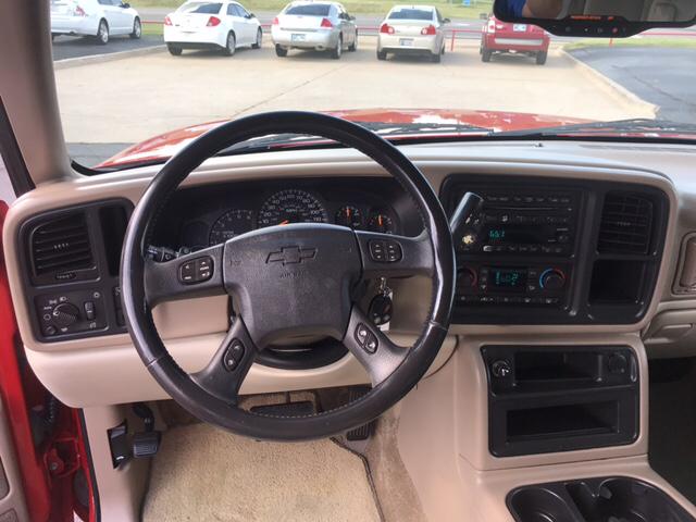 2003 Chevrolet Suburban 1500 LT 4dr SUV - Yukon OK