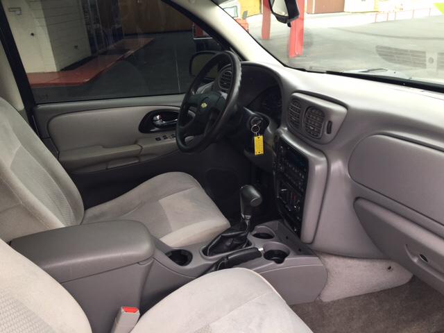 2008 Chevrolet TrailBlazer 4x4 LS Fleet2 4dr SUV - Yukon OK