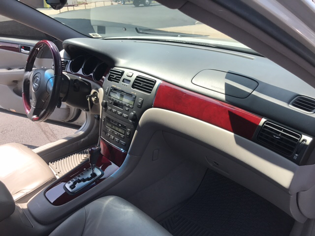 2004 Lexus ES 330 Base 4dr Sedan - Yukon OK