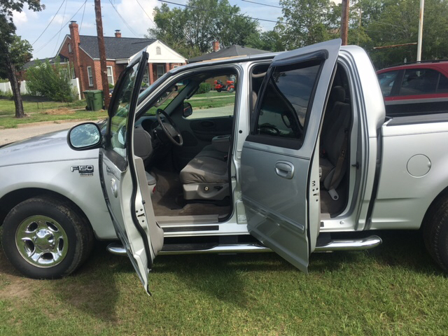 2002 Ford F-150 4dr SuperCrew XLT 2WD Styleside SB - Florence SC